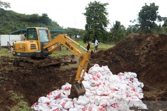 Karantina Pertanian Gorontalo musnahkan 14 ton ayam tak layak konsumsi