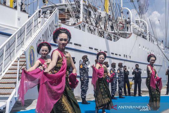 KRI Bima Suci tiba di Pelabuhan Tanjung Intan Cilacap