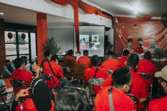 Wali Kota Surabaya sebut santri dan kaum nasionalis seiring sejalan