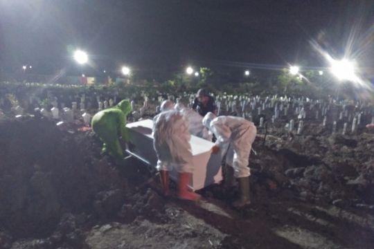 Pemakaman dengan prokes di Surabaya mulai nihil dalam dua pekan
