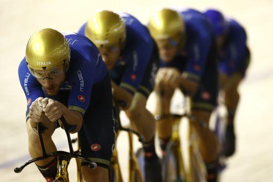 Tim pursuit putra Italia raih emas di Kejuaraan Dunia Balap Sepeda