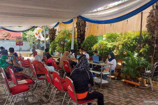 Ini alasan pemberian vaksin COVID-19 lansia tertunda di Jakarta Timur