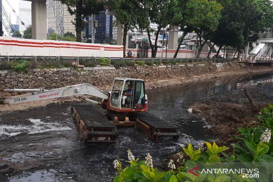 Warga Jakarta Selatan diimbau tak dirikan bangunan di dekat kali