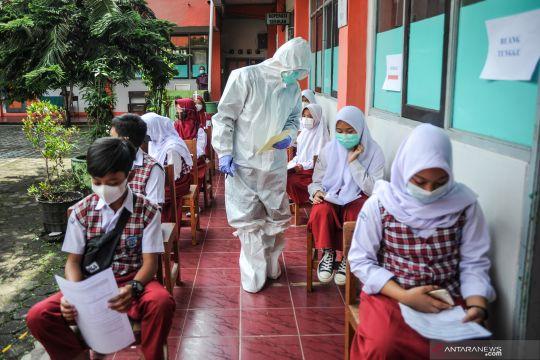 14 sekolah di Bandung kembali melaksanakan pembelajaran jarak jauh