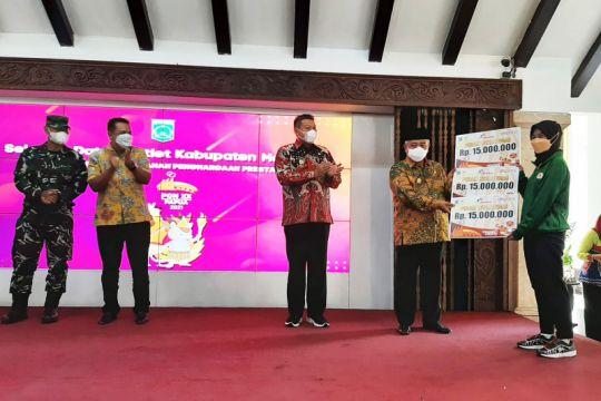 Pemkab Malang berikan bonus untuk atlet peraih medali PON Papua