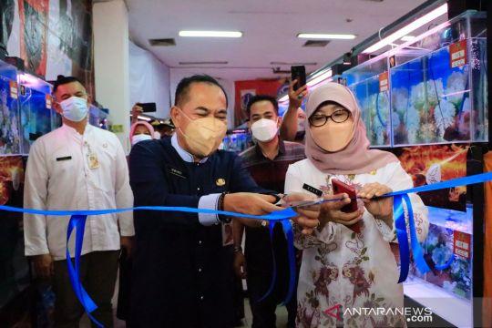 Kontes ikan louhan digelar di Jakarta Pusat saat PPKM level dua