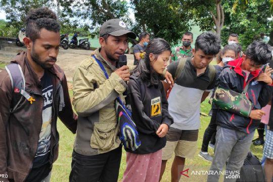 Danrem 172 /PWY pastikan TNI-Polri tidak bakar rumah warga di Kiwirok