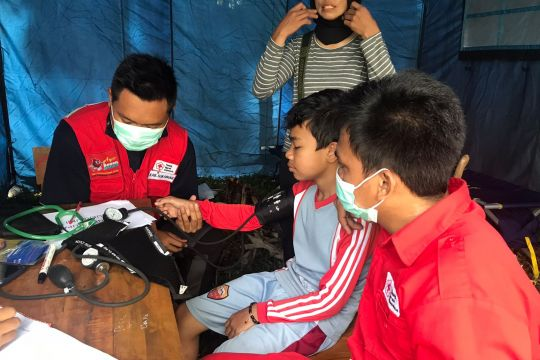PMI Sukabumi segera tangani pengungsi korban tanah bergerak Cigulusur