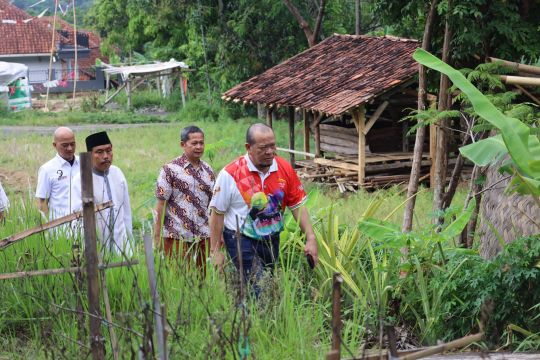 Ketua DPD kunker ke Kuningan kunjungi petilasan Prabu Siliwangi