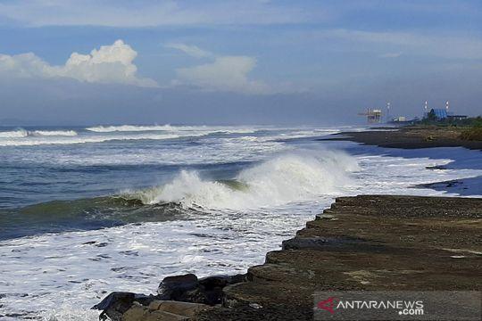 BMKG: Gelombang Samudra Hindia selatan Jabar-DIY capai 6 meter