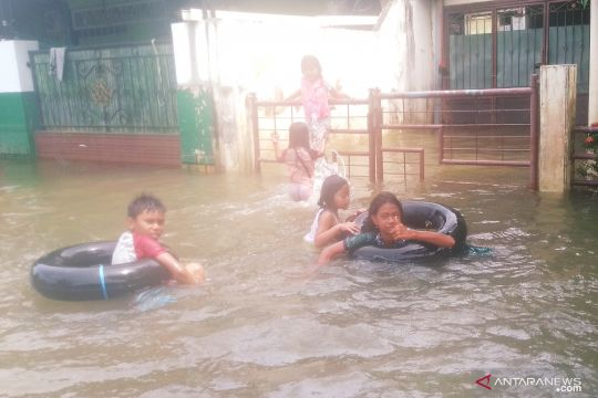 Pengamat: Lamanya banjir di Samarinda akibat rusaknya ruang sungai