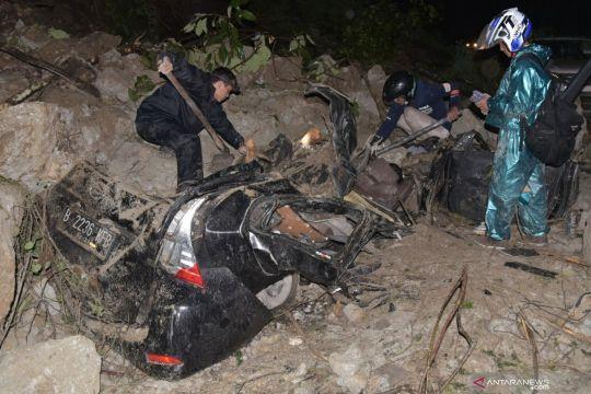 Tanah longsor di Sibolangit renggut tiga jiwa