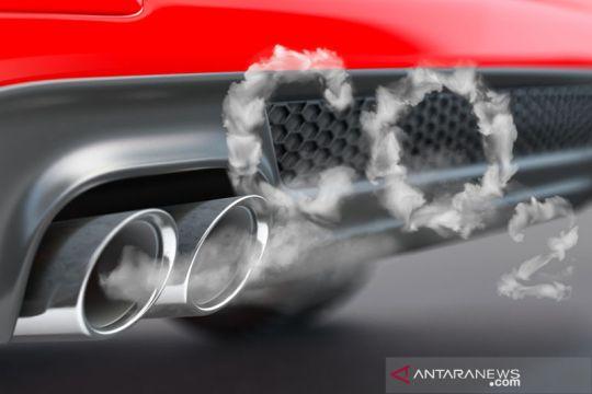 Regulator tindak Nissan dan Porsche atas informasi emisi palsu