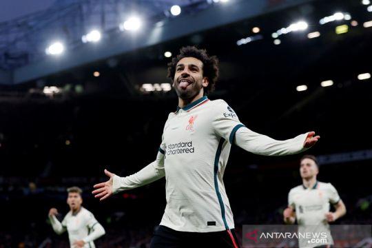 Mohamed Salah trigol, Liverpool gulung Manchester United 5-0