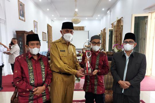 Pemprov Sumbar beri hadiah kafilah STQ berangkat haji dan ruko