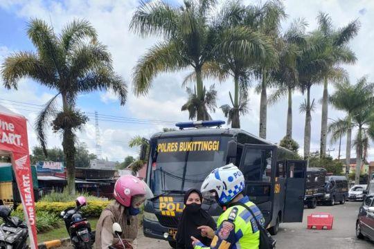 Pengendara wajib vaksin masuk Bukittinggi, tak bersedia  putar balik