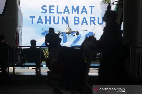 Luhut: Mobilitas 19,9 juta penduduk Jawa-Bali meningkat akhir tahun