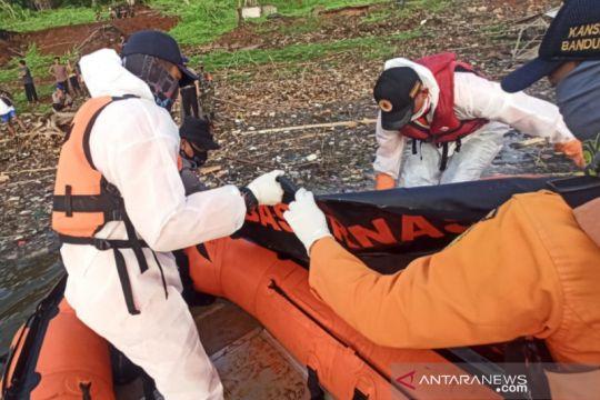 Tim SAR temukan korban tenggelam di Sungai Cimanuk Sumedang