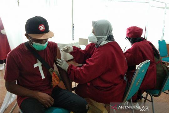 Mahasiswa di Yogyakarta dari luar daerah ikuti vaksinasi dosis dua