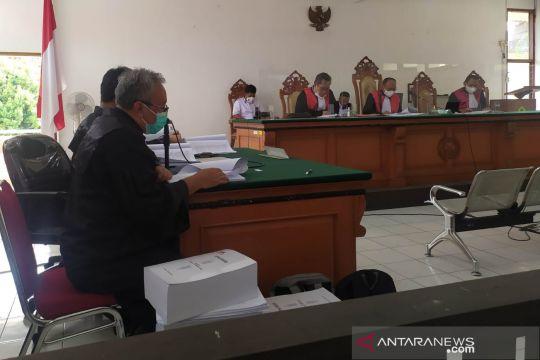 Bupati Bandung Barat nonaktif Aa Umbara dituntut 7 tahun penjara