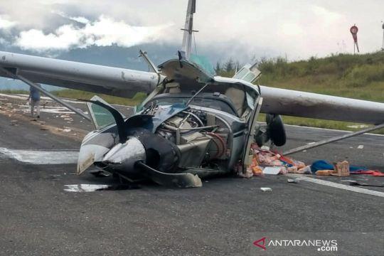Kemarin ada kecelakaan pesawat di Papua, polio mengintai
