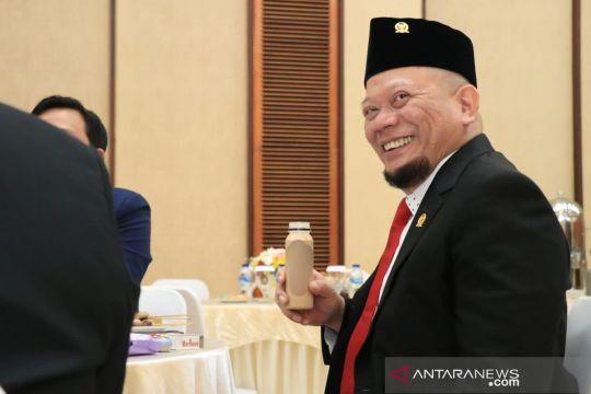 Ketua DPD RI apresiasi pengabdian bidan Eros untuk suku Baduy