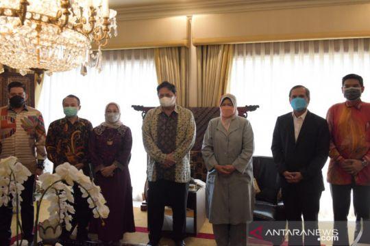 Indonesia-Malaysia perkuat kerja sama bilateral bidang kelapa sawit