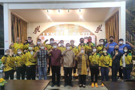 Muzani berikan penghargaan pada atlet Lampung berprestasi di PON Papua