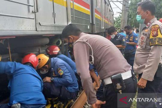 Perjalanan KRL terganggu karena evakuasi kecelakaan sepeda motor