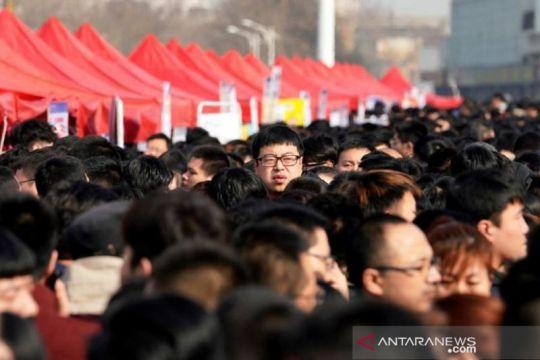Rekor, dua juta orang daftar CPNS di China