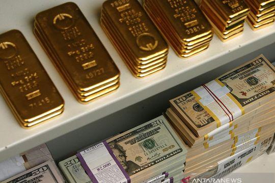 Harga emas jatuh di pasar Asia, jelang pertemuan bank sentral