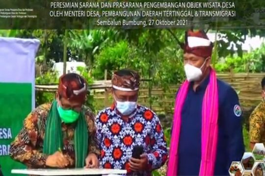 Mendes PDTT resmikan sarana dan prasarana objek wisata desa di NTB