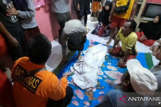 Jasad balita tenggelam di muara sungai Palangpang Sukabumi ditemukan