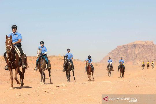 Lomba ketahanan berkuda di gurun Wadi Rum Yordania