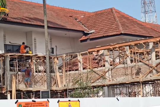 Wali Kota Cilegon beri kesempatan kontraktor jaga proyek nasional
