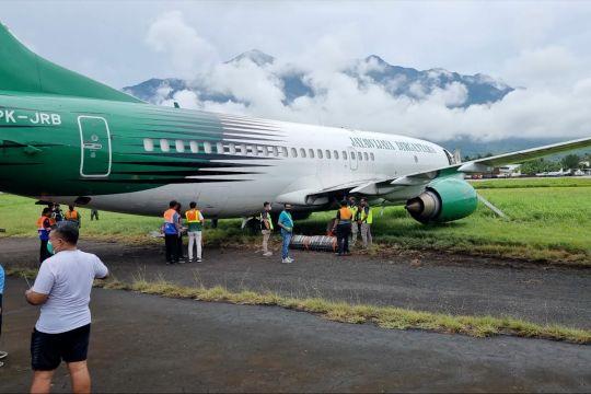Pesawat kargo Jayawijaya Dirgantara tergelincir di Bandara Sentani