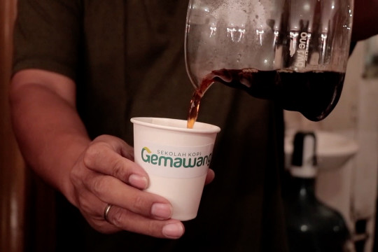 Budaya minum kopi, budaya semua kalangan