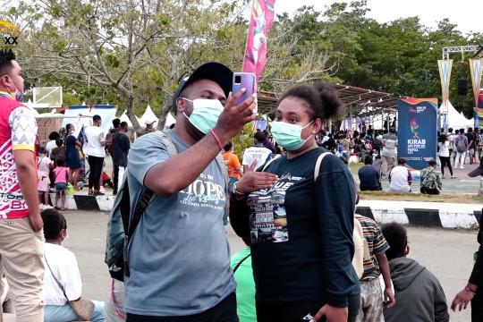 Masyarakat Papua antusias kunjungi Festival Kirab Api PON