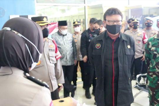 Menpan RB tinjau lokasi pembuatan SIM di Mapolresta Banda Aceh
