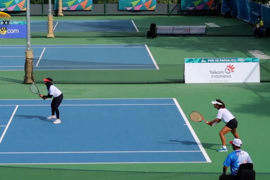 Pertandingan alot, tenis beregu putri Papua takluk dari Jatim