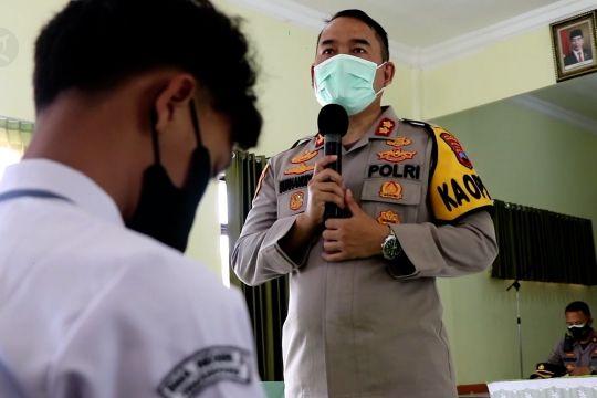 Polres Temanggung terjunkan Bhabinkamtibmas pantau PTM