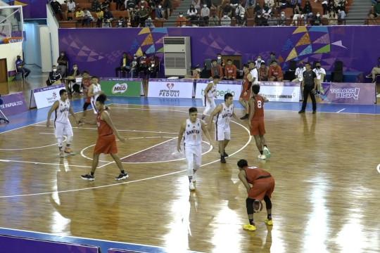 Tim bola basket putra Jateng libas Banten