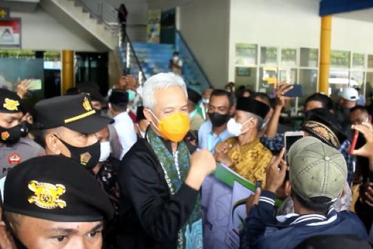 Dukung STQ XXVI, Ganjar Pranowo disambut warga  Ternate