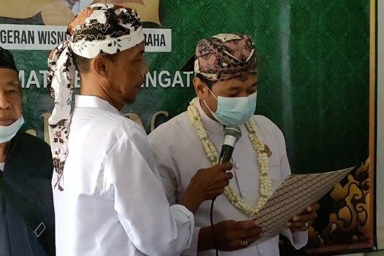 Mengaku keturunan Sultan Kasepuhan, Wisnu Lesmana gelar Jumenengan