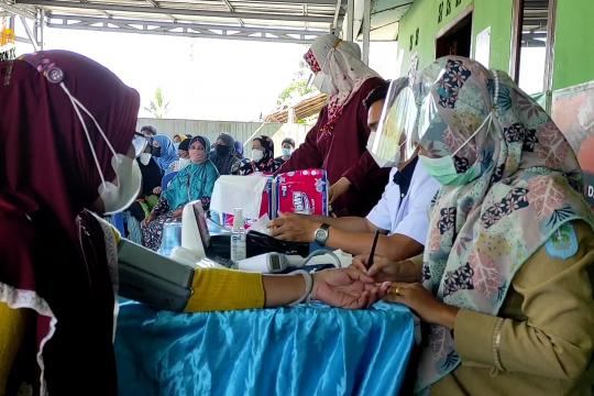 Serbuan vaksin hingga pelosok desa