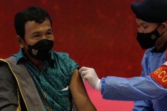 Akabri 1999 vaksinasi 500 ribu penduduk tanah air