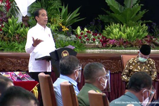 Presiden minta harus berani hentikan ekspor bahan mentah