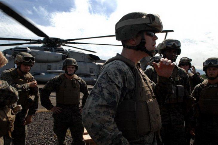 Pasukan transgender diizinkan bergabung dalam militer AS