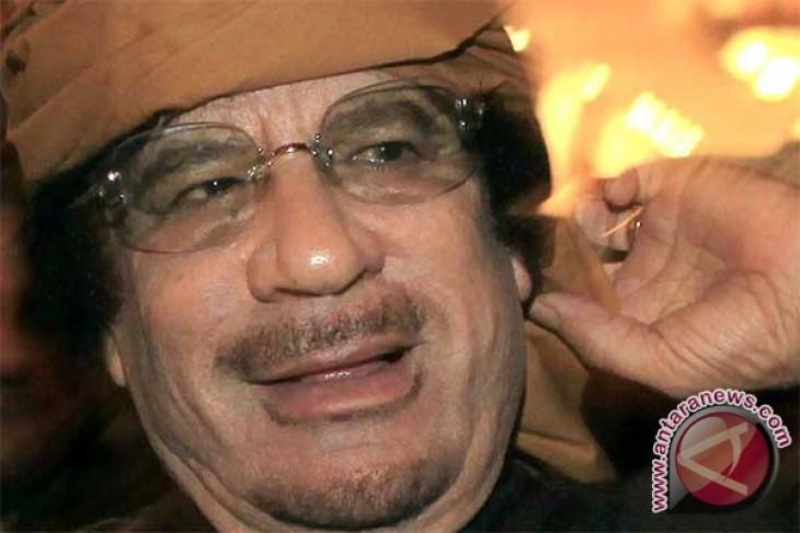 Pemberontak Libya Akan Adili Gaddafi di Libya Setelah Menang