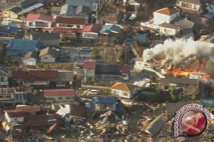 Dahsyatnya Gempa dan Tsunami Jepang